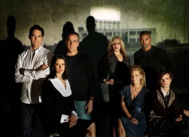 ca. 2007 --- Back row from left: Thomas Gibson, Mandy Patinkin, Kristen Vangsness, and Shemar Moore. Front row from left: Paget Brewster, A.J. Cooke, and Matthew Gray Gubler. --- Image by © Andy Ryan/Corbis Outline